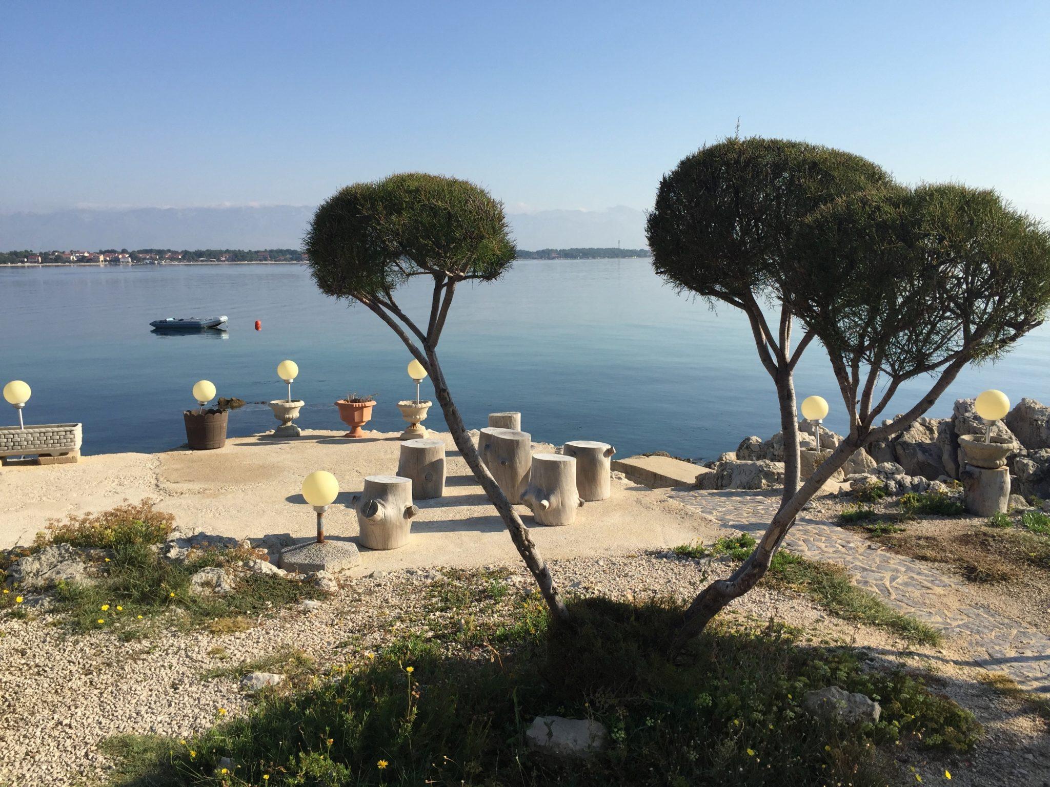 Die Insel und das Umfeld rufen nach Erkundungsreisen